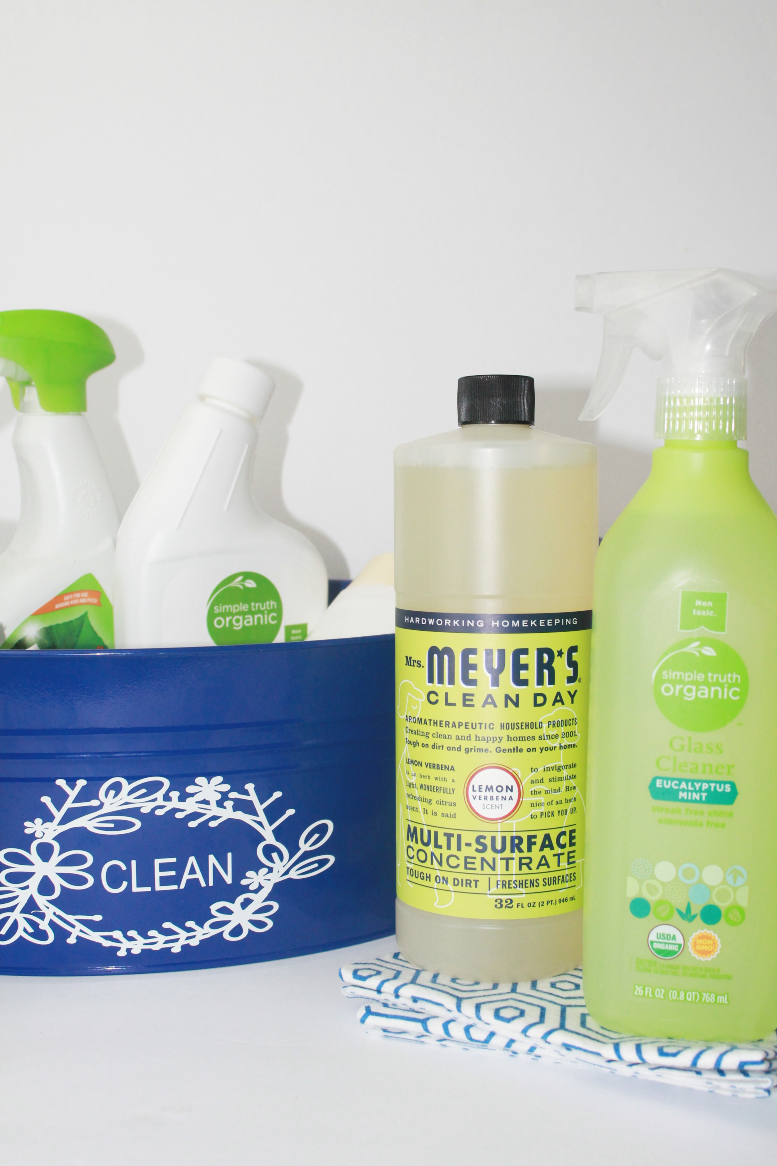 How To Keep Toilet Bowl Cleaner Longer