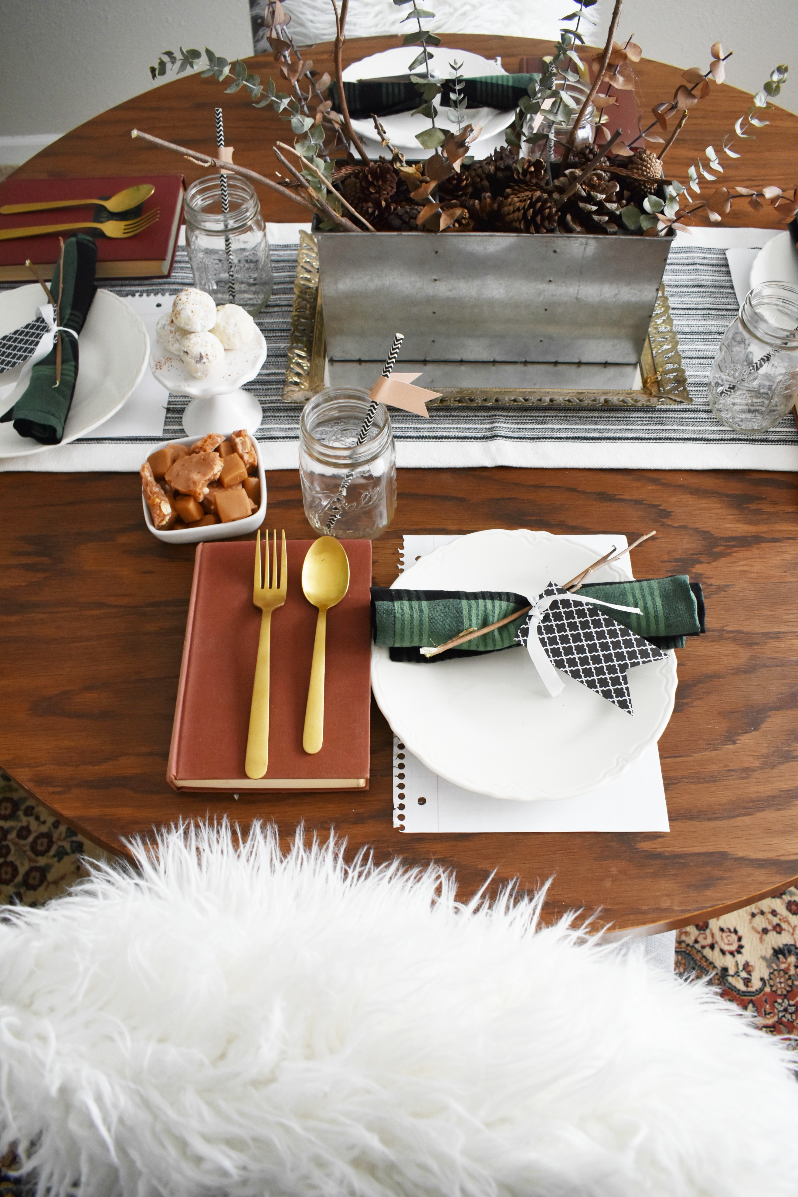 5 ways to decorate your table using items from around the home today i wanted to show you 5 ways you can add fun touches to your tablescape using items from around the home you ready here we go geotapseo Gallery